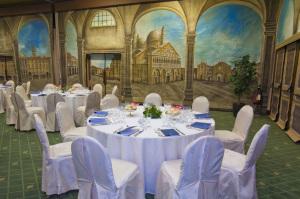 Foto Hotel 360° Sheraton e Conference Center