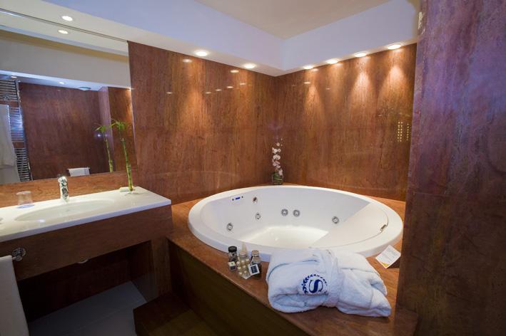 bagno idromassaggio hotel