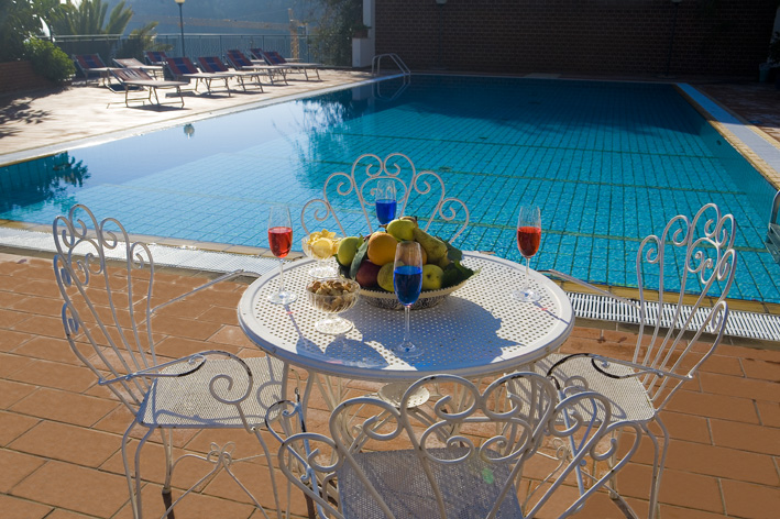 piscina hotel Taormina