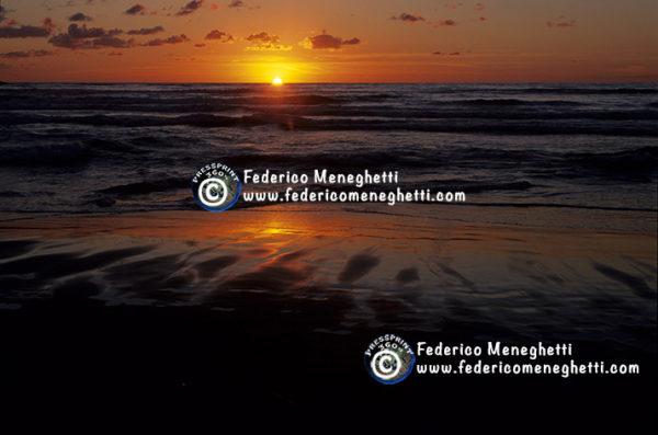 Foto tramonto in spiaggia 30x40
